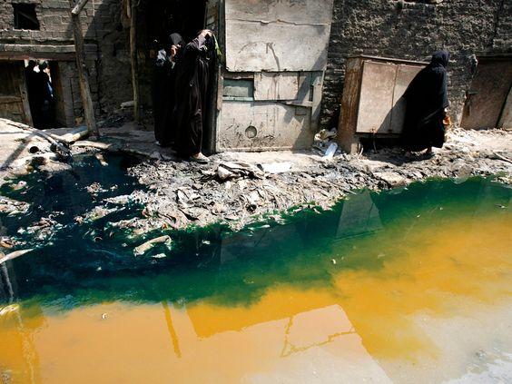 Toxické znečistenie vody a textilný odpad. Rýchla móda (fast fashion) a znečisťovanie životného prostredia