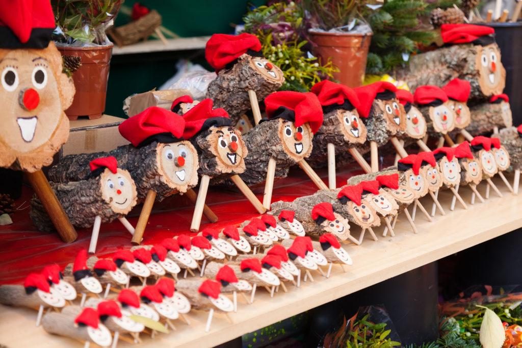 Tió de Nadal - charakteristická postavička španielskych Vianoc