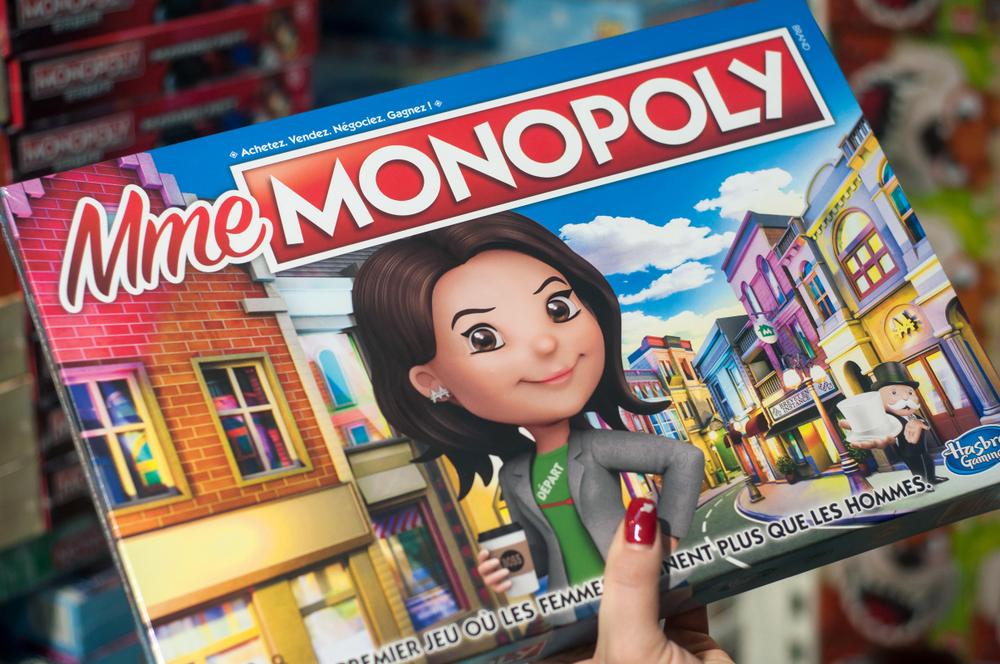 V priebehu rokov vzniklo množstvo verzií a modifikácii hry Monopoly