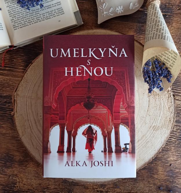 Alka Joshi: Umelkyňa s henou